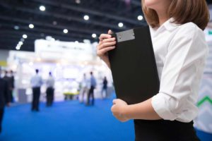 Attract More Customers with Properly Trained Exhibit Booth Staff